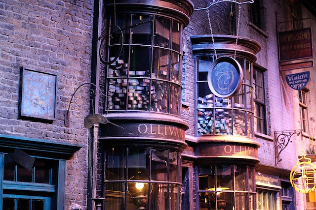 Harry Potter Diagon Alley Ollivanders | Two Delighted