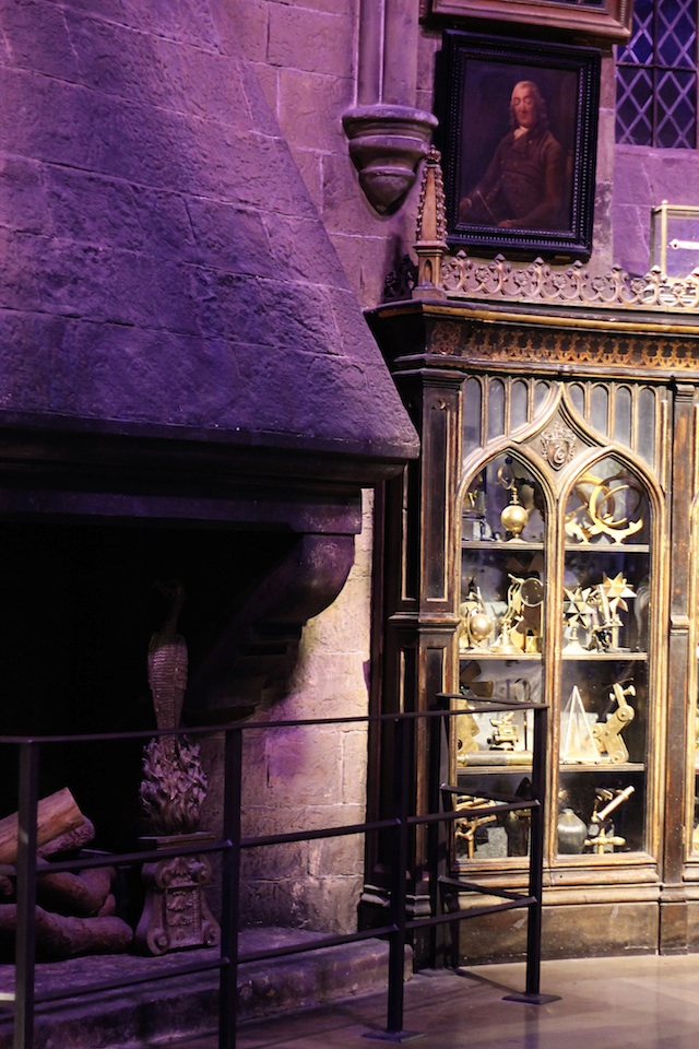 Harry Potter Dumbledore's office fireplace | Two Delighted