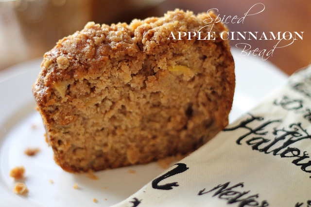 Spiced Apple Cinnamon bread | Two Delighted copy