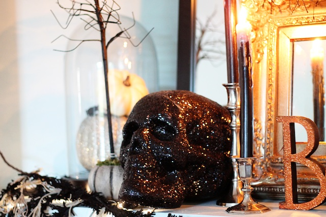 Halloween 2013 mantle skull2 | Two Delighted