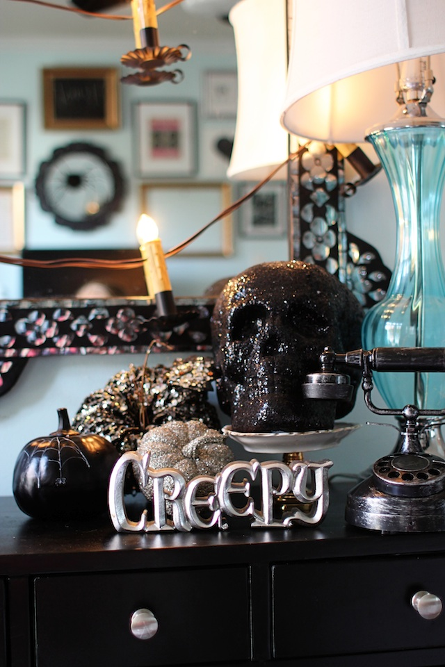 Halloween 2014 entry table side blog