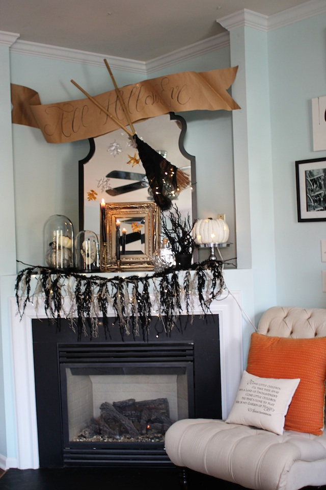 Halloween 2014 mantel far blog