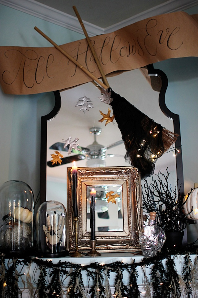 Halloween 2014 mantel full 2 blog