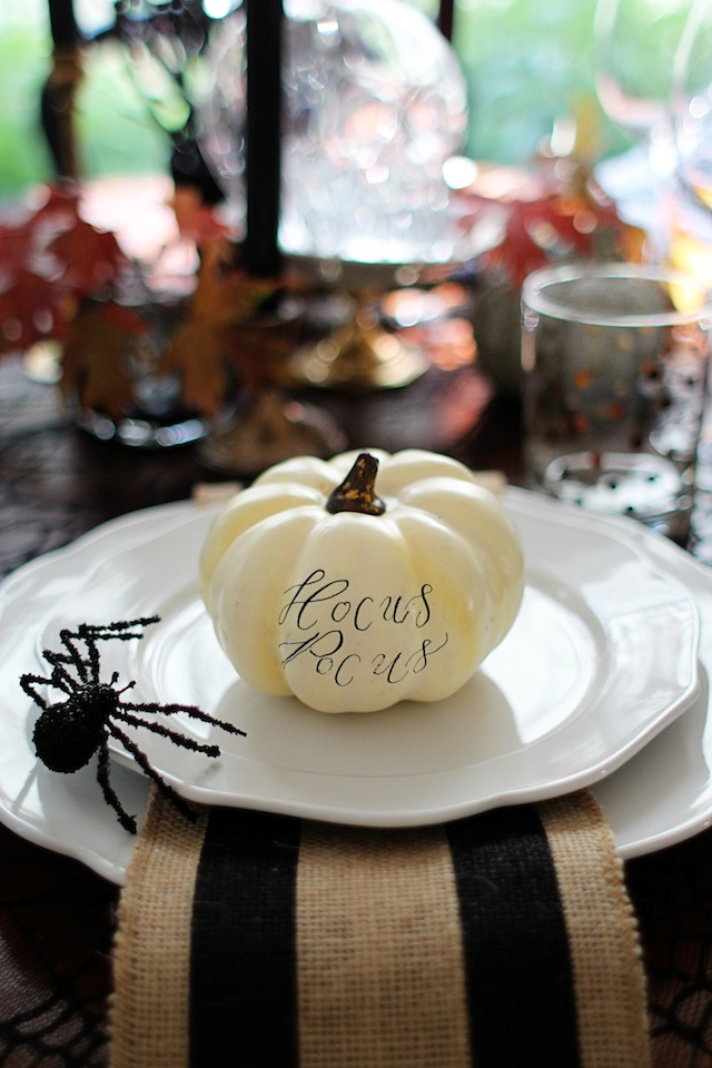 witch tablescape placecard pumpkin blog