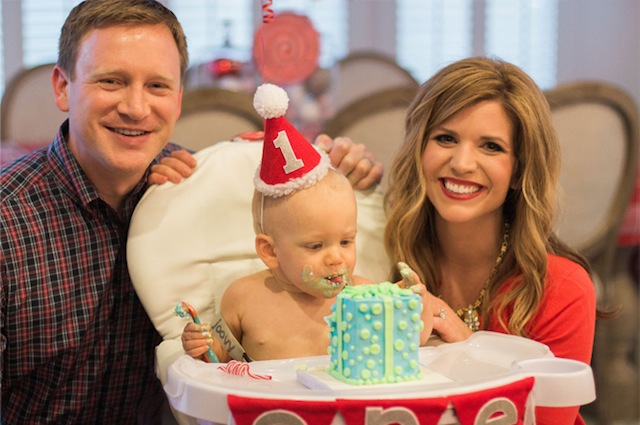 Lindsey-Regan-Thorne_Christmas-1st-Birthday-Party_44
