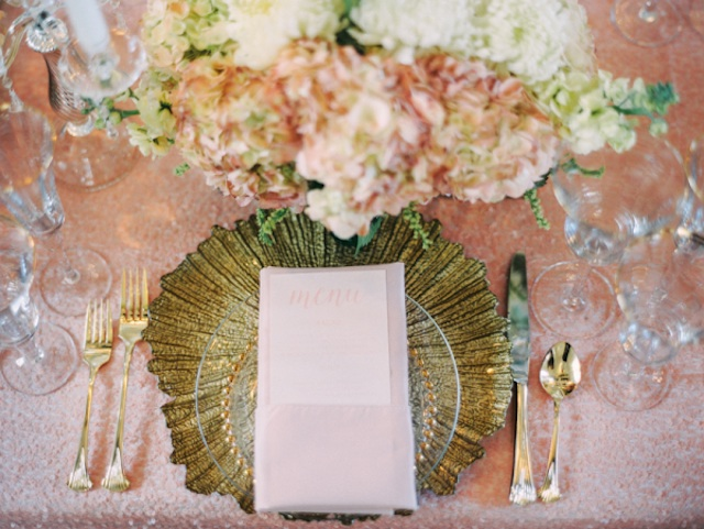 Pink-and-Gold-Wedding-Place-Setting-blog