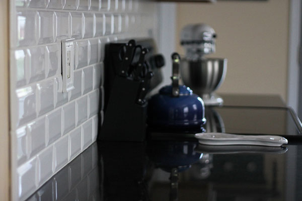 Excellent Tiling Backsplash {Beveled Subway Tile} – Two Delighted HB42