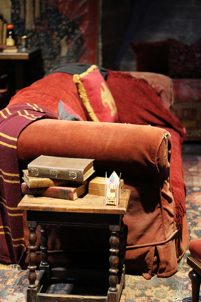 Harry Potter Gryffindor common room | Two Delighted