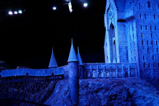 Harry Potter hogwarts   Two Delighted