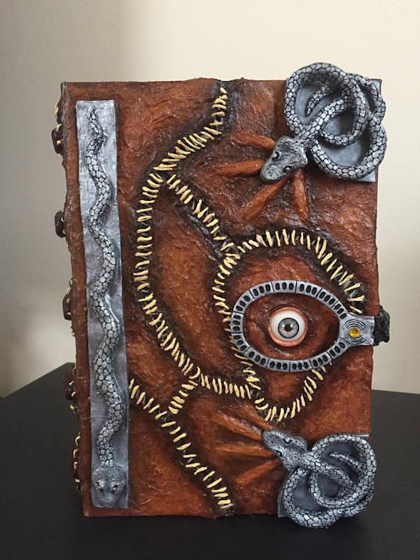 Hocus pocus spell book